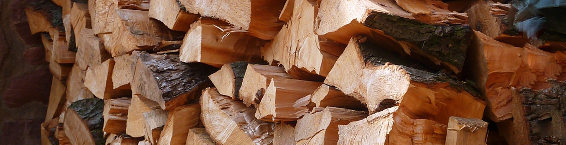 Sustainable Hardwood Logs