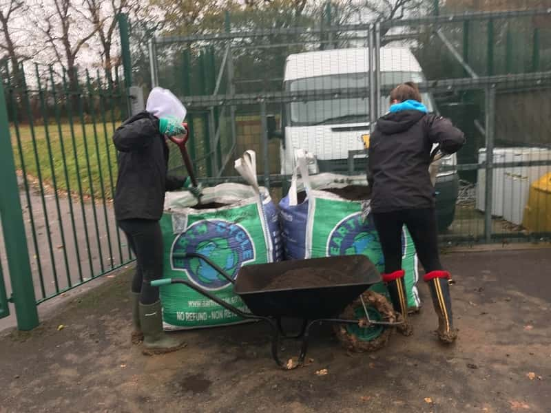 Earth Cycle Lorry unloading